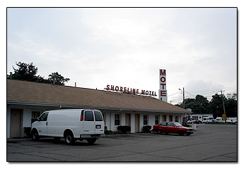 Shoreline  motel location